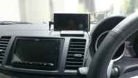 OBDスマホメーターを車に搭載