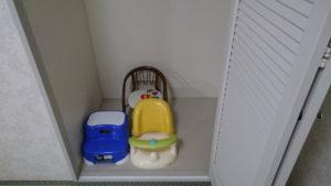 乳幼児向けの椅子など