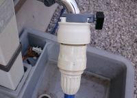 水道の蛇口に簡単に付けられるニップルに交換した