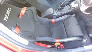 JADE シートベルトガイドをつけたRS-Gをランエボにつけた