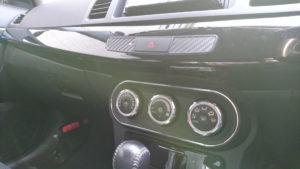 カーボン調ステッカーの貼り付け後